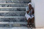 Kerstin Römhild - Kuba, Frau auf der Treppe