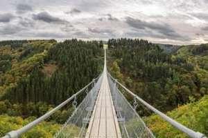 Stefan-DurchholzPanorama-Hängeseilbrücke-Geierlay