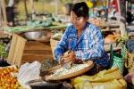 ALbert Köckemann - Marktfrau (Myanmar)